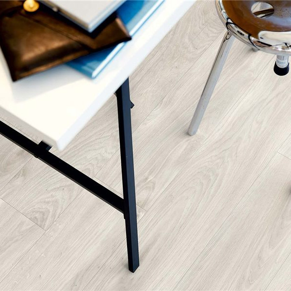 104-7-pisos-vinilicos-the-flooring-company