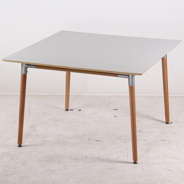 mesa-eames-cuadrada-the-flooring-company