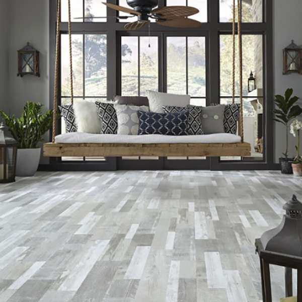 Piso vinílico - 4 mm SPC - Lounge - Roble Long Island SP035 - ambiente - the flooring co